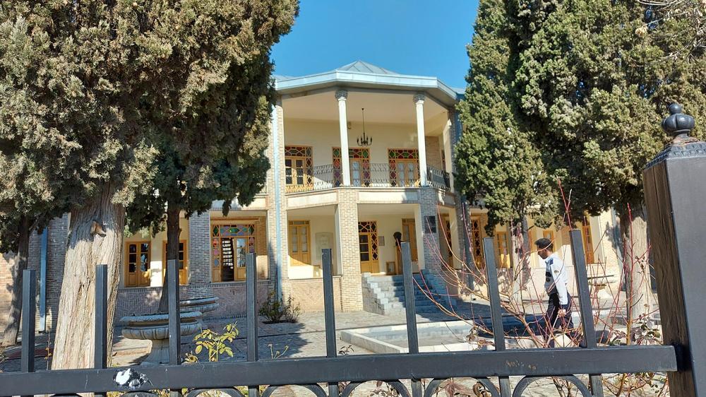 عمارت ارباب هرمز (موزه گرافیک ایران)