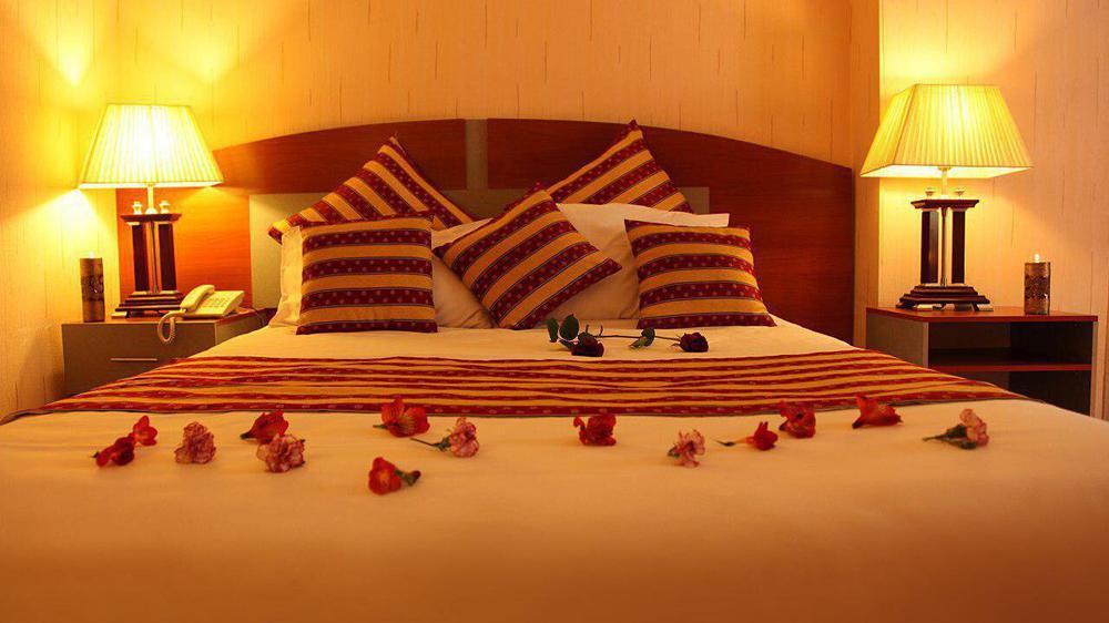 هتل پارسیان عالیقاپو