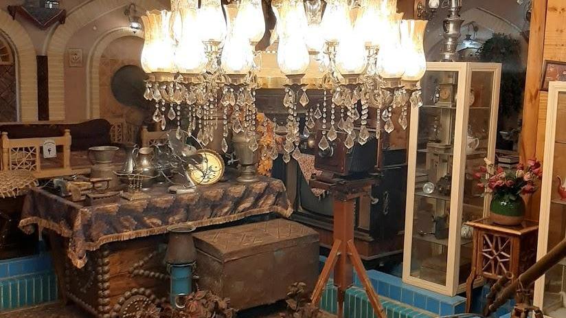 رستوران سنتی و موزه دلنوازان