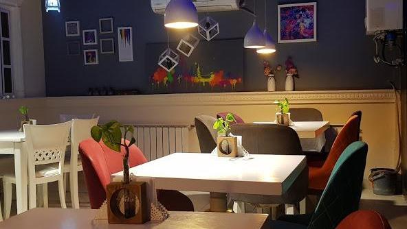 کافه رستوران ویژن